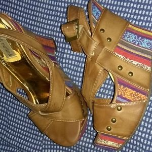 Shoes - wedge open toe